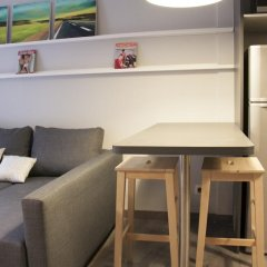 Отель Idyllic Apartment with Terrace Испания, Барселона - отзывы, цены и фото номеров - забронировать отель Idyllic Apartment with Terrace онлайн комната для гостей фото 3