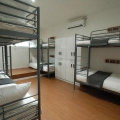 Отель YE'4 Guesthouse 2* Кровать в женском общем номере с двухъярусной кроватью фото 2