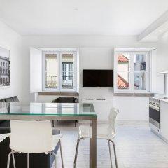 Апартаменты Hello Lisbon Rossio Collection Apartments комната для гостей фото 8