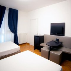 Отель MEININGER Milano Garibaldi 3* Стандартный номер с различными типами кроватей фото 9