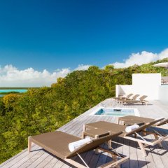 Отель Sailrock Resort- Island Hop Flight Included бассейн фото 2