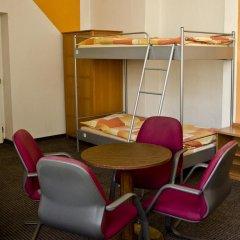 AZ-Hostel Кровать в общем номере с двухъярусной кроватью фото 3