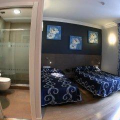 Отель Hostal Abadia развлечения