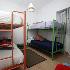 Ericeira In Love Hostel Кровать в общем номере с двухъярусной кроватью фото 9