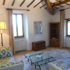 Отель Della Genga La Pieve Suite Сполето комната для гостей фото 4