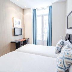 Отель Petit Palace Plaza de la Reina 3* Стандартный номер фото 4