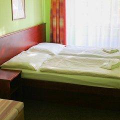 Hotel Inturprag 3* Стандартный номер с двуспальной кроватью фото 2