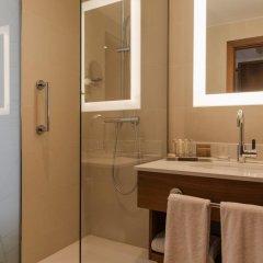 Отель Crowne Plaza Paris - Neuilly 4* Стандартный номер с различными типами кроватей фото 3