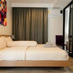 Отель The Deck Condo Patong Стандартный номер разные типы кроватей фото 7