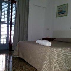 Отель Hostal Las Nieves Стандартный номер с двуспальной кроватью