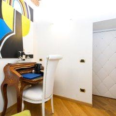 Отель Domus Spagna Capo le Case Luxury Suite 3* Стандартный номер с различными типами кроватей