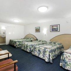 Отель Scottys Motel 3* Стандартный семейный номер с различными типами кроватей фото 3