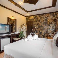 Отель Chang Club 2* Стандартный номер с двуспальной кроватью