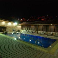 Отель Seven Wonders Hotel Иордания, Вади-Муса - отзывы, цены и фото номеров - забронировать отель Seven Wonders Hotel онлайн бассейн фото 2