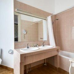 Normandy Hotel 3* Улучшенный номер фото 11