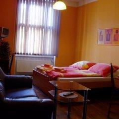 Апартаменты Apartments Oasis CITY Прага комната для гостей фото 2