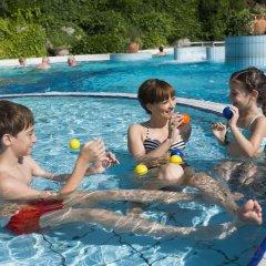 Отель Ensana Thermal Aqua Венгрия, Хевиз - 9 отзывов об отеле, цены и фото номеров - забронировать отель Ensana Thermal Aqua онлайн бассейн фото 3