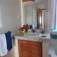 Отель Guesthouse Quinta Santa Joana ванная