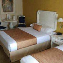 Отель Country Plaza 2* Стандартный номер с 2 отдельными кроватями фото 3