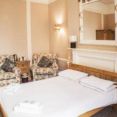 The Queensbury Hotel 2* Номер Эконом с разными типами кроватей (общая ванная комната)