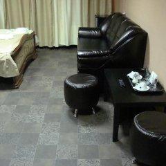 Мини-отель ФАБ 2* Стандартный семейный номер разные типы кроватей фото 3