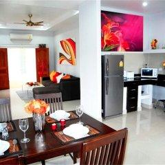 Отель Green Leaf Nai Harn 3 bedrooms Villa в номере фото 2