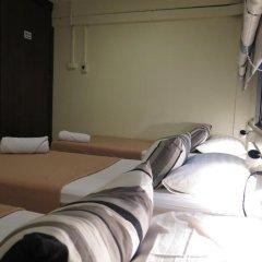 I-Sleep Silom Hostel Номер с общей ванной комнатой с различными типами кроватей (общая ванная комната) фото 2