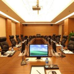 Отель Geosciences International Conference Centre спа