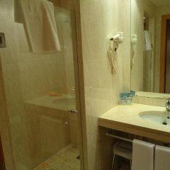 Hotel City Express Santander Parayas ванная фото 2