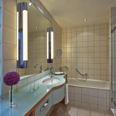 Отель Hilton Cologne 4* Стандартный номер разные типы кроватей фото 22