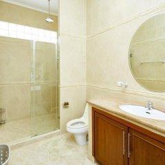 Отель Golden Villa by MyPattayaStay ванная