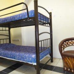 Отель Hostal de Maria Кровать в женском общем номере с двухъярусной кроватью фото 3