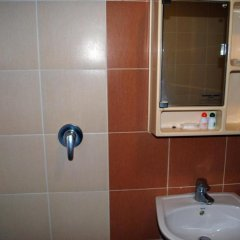 Suriwongse Hotel 3* Номер Делюкс с двуспальной кроватью фото 5