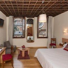 Hotel Casa Del Pellegrino 3* Номер Делюкс фото 5