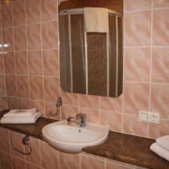 Hotel Dobele 2* Номер Комфорт с различными типами кроватей фото 5