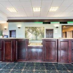 Отель Econo Lodge Кингсвилль интерьер отеля фото 3