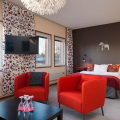 Отель Hotell Fridhemsgatan 3* Стандартный семейный номер с различными типами кроватей фото 6