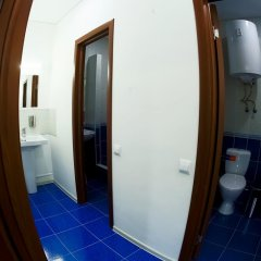 Mayak Hostel Кровать в общем номере с двухъярусной кроватью фото 3