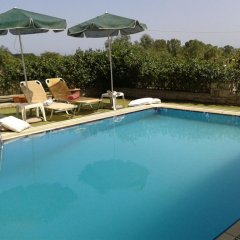 Отель Villa Christiana бассейн