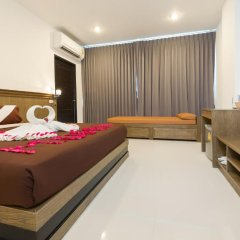M.U.DEN Patong Phuket Hotel 3* Улучшенный номер двуспальная кровать фото 10