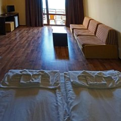 Отель BISSER Балчик комната для гостей