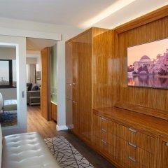 Отель The District by Hilton Club 3* Люкс с различными типами кроватей фото 7
