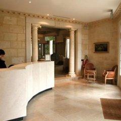 Отель Hostellerie De Plaisance Франция, Сент-Эмильон - отзывы, цены и фото номеров - забронировать отель Hostellerie De Plaisance онлайн интерьер отеля фото 3