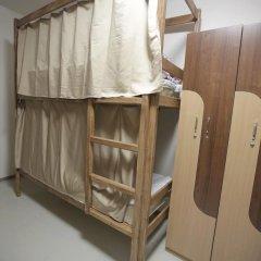 """хостел """"Зонт и шляпа"""" Кровать в общем номере с двухъярусной кроватью фото 3"""