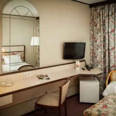 Гостиница Космос 3* Люкс Гранд с двуспальной кроватью фото 5