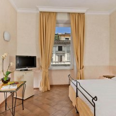 Отель Caesar House Residenze Romane 3* Стандартный номер с двуспальной кроватью фото 3
