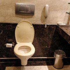 Отель The Suryaa New Delhi 5* Люкс повышенной комфортности с различными типами кроватей фото 5