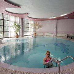 Отель Belmont Ski & Spa Болгария, Пампорово - отзывы, цены и фото номеров - забронировать отель Belmont Ski & Spa онлайн бассейн