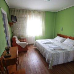 Отель Hostal Sanpatiel Стандартный номер с двуспальной кроватью фото 11