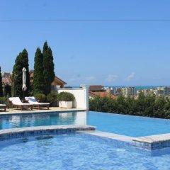 Hotel Aleksiona Голем бассейн